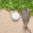 Golf club and ball - 图库照片