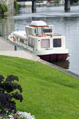 лодки на реке — Стоковое фото