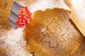świąteczny piernik drzewo foremki do ciastek słodycze, ciasta i r — Zdjęcie stockowe
