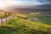 Paisagem bonita paisagem rural inglesa sobre colinas ondulantes — Foto Stock