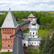 Old towers of Novgorod Kremlin, Veliky Novgorod, Russia — Foto de Stock