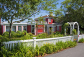 Bed and breakfast seaside inn — Stock Photo