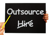 Outsource Note Showing Subcontracting And Freelance — Foto Stock