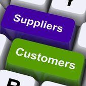 Leverantörer och kunder nycklar visar försörjningskedjan eller distribution — Stockfoto
