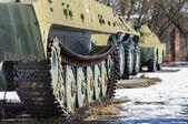 старый войны машины на открытом воздухе — Стоковое фото