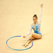 Unknown gymnast performs during the Irina Deleanu Orange Trophy — Stock Photo