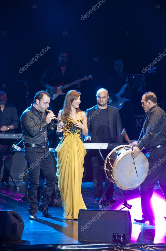 June 27, 2012 - Istanbul, Turkey : Nancy Ajram, one of the most important Middle Eastern stars giving a concert in Istanbul within the scope of Istanbul Shopping Fest 2012 in Harbiye Cemil Topuzlu Openair Theatre — Stock Photo #11396070