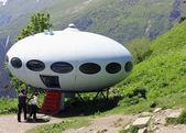 Um ufo-landung zwischen kaukasus — Stockfoto
