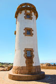 Lighthouse in Brittany on Pink Granite Coast — Stock Photo