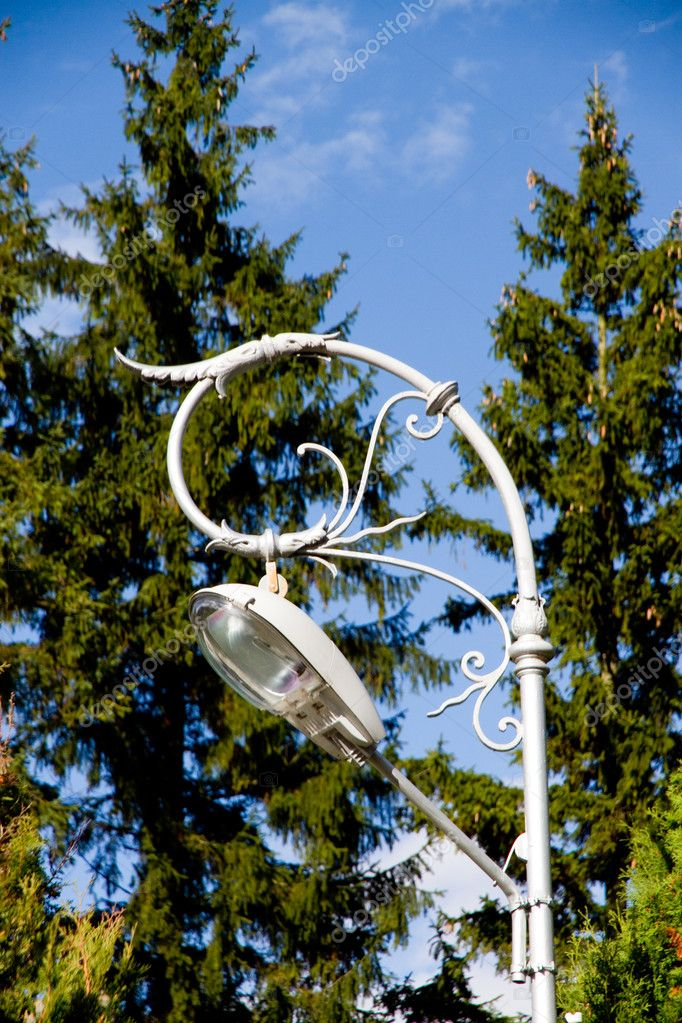 Old style street lamp at Sinaia Monastery, Romania — Stock Photo #11851739