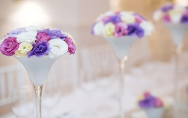 Table flower decoration for wedding party