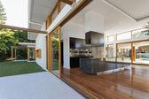Cozinha e sala de estar — Foto Stock