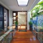 Modern home entrance — Stock Photo