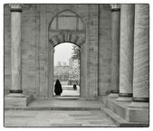 Leaving the mosque — Stock Photo