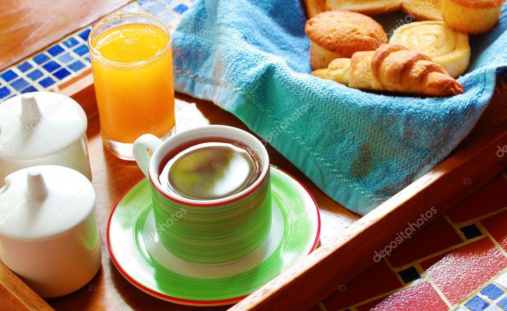 горячий и сытный завтрак