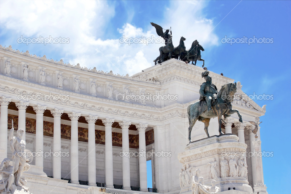 Monument Vittorio Emanuele II or Altar of the Fatherland in Roma, Italia. — Stock Photo #11411497