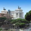 Monument Vittorio Emanuele II in Roma — Stock Photo #11913901