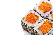 Sushi giapponese tradizionale con caviale su bianco — Foto Stock
