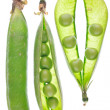 Natural ripe green peas — Stock Photo
