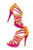 Pare av rosa och orange skor, isolera på vit bakgrund — Stockfoto