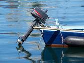 Tekne motoru ile — Stok fotoğraf