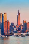 Manhattan at sunset — Stock Photo
