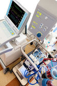 Extracorporeal membrane oxygenation (ECMO) withiIntra-aortic bal — Stock Photo