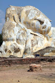 巨型卧佛废墟 — 图库照片