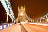 Tower bridge nacht — Stockfoto