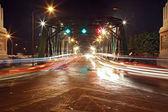 Свет Трейл на рама 1 стальной мост в Бангкоке-Харбор — Стоковое фото