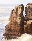 Pancake rock at West coast of New Zealand — Stock Photo