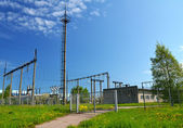 Small power plant on the outskirts of the city — Stock Photo