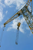 Hoisting crane — Stock Photo
