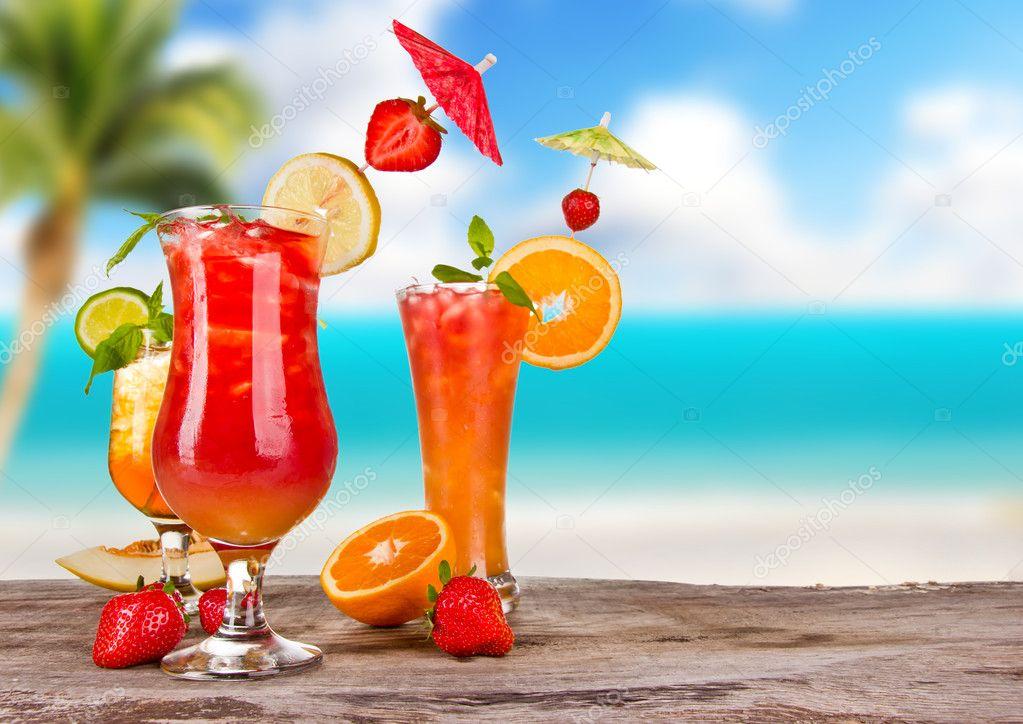 Cocktails exotiques — Photographie jag_cz © #11655387