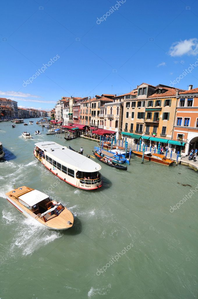 Venice, Italy - 6 May, 2012: The Grand Canal in Venice as seen from the famous Ponte Rialto (Rialto Bridge) — Stock Photo #11108728