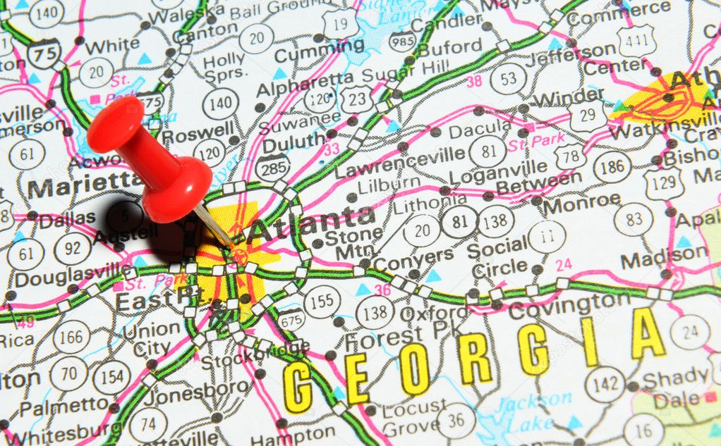London, UK - 13 June, 2012: Atlanta city marked with red pushpin on the United States map. — Stock Photo #11561374