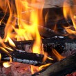 ������, ������: Live red coals and burning wood