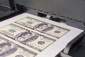 Printing money — Stock Photo