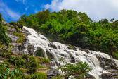 Mae Ya waterfall, Doi Inthanon national park, Chiang Mai, Thailand — Stock Photo