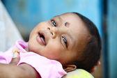 Lindo bebé indio sonriente — Foto de Stock