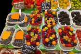 Fruits market (La Boqueria,Barcelona famous marketplace) — Foto de Stock