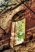 Parete del vecchio edificio distrutto — Foto Stock
