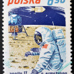 POLAND - CIRCA 1979: A stamp printed in Poland shows Neil Armstrong and Apollo 11, circa 1979 — Stock Photo
