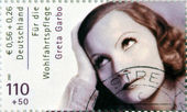 GERMANY - CIRCA 2001:A stamp printed in Germany shows actress Greta Garbo, circa 2001 — Foto Stock