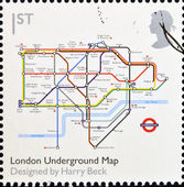 Royaume-uni - circa 2009 : un timbre imprimé en grande-bretagne consacre à la conception classiques, montre london underground carte par harry beck, circa 2009 — Photo