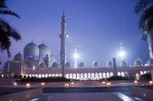 Sheikh Zayed mosque in united arab emirates — Stock Photo