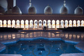 Sheikh Zayed mosque at night time in United Arab Emirates — Stock Photo