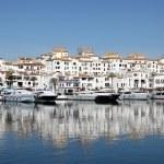 Luxury yachts in the marina of Puerto Banus, Marbella, Spain — Stock Photo