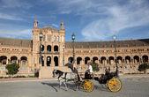 At arabası, plaza de espana seville, i̇spanya — Stok fotoğraf