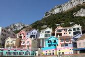 Renkli binalar katalan bay village, cebelitarık — Stok fotoğraf